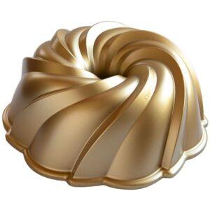 Nordic Ware Swirl Bundt Pan