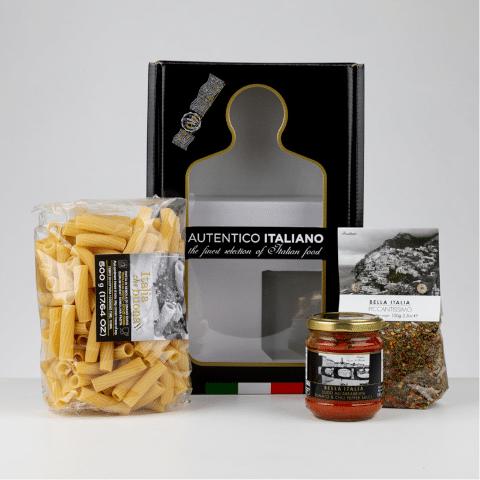 Rigatoni met pastasaus en kruiden