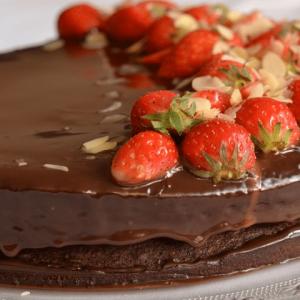 Chocoladetaart van chocolade cakemix